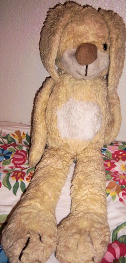 1984 JCPenny's Le Hare Pastel Yellow & White Rabbit with Big Nose, Feet
