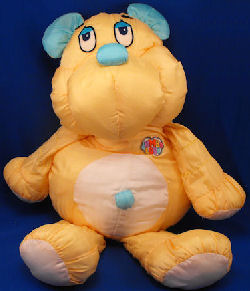 80′s Commonwealth JUMBO LOVE YELLOW & AQUA BLUE BEAR
