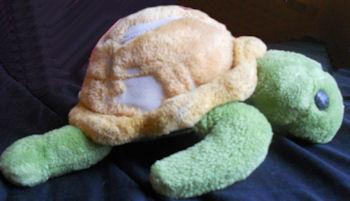 1990 Dakin Green & Yellow Turtle