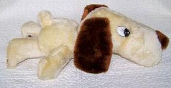 70's RUSS Big Head Cream Dog