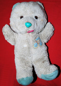 80's White Bear with Blue Ears, Feet, & Music Notes over the Heart that plays Brahms Lullaby