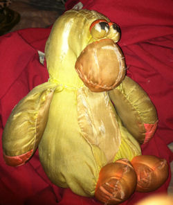 80's? 90's? Yellow Puffalump Style Duck with Squeaker