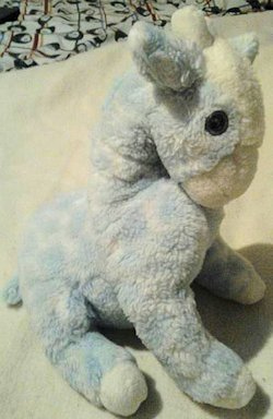 hallmark blue giraffe, Searching – 90s Hallmark Blue Giraffe with Rattle