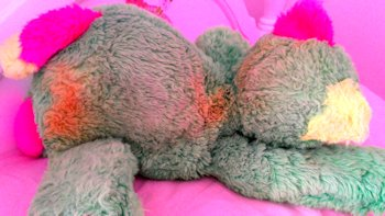 neon green lying down cat, 90′s? NEON GREEN Lying Down CAT? BEAR? PINK YELLOW MUZZLE, EARS, FEET