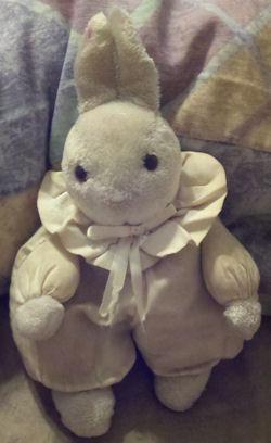 russ hoppity rabbit, FOUND – 90s RUSS Hoppity RABBIT WHITE & PINK with VICTORIAN COLLAR