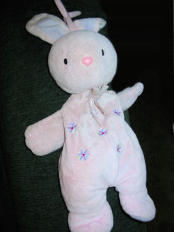 , DISCONTINUED – 2006 Carter's Just One Year PINK RABBIT with LAVENDER FLOWERS Playing YOU ARE MY SUNSHINE