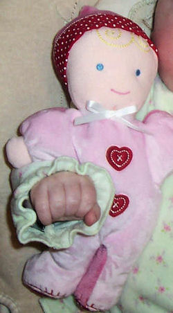 , FOUND – Carter's VALENTINES BLOND DOLL Wearing PINK SLEEPER with HEARTS & HAT