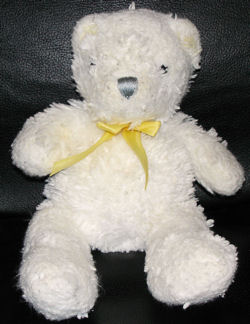 , Searching – Carter's 2004 WHITE BEAR with YELLOW RIBBON