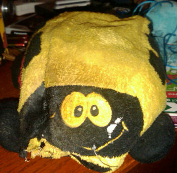 , Searching – 2002? DanDee PLUSH YELLOW & BLACK SCHOOL BUS for a Dog