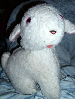80's White Seated Rock a Bye Baby Musical Lamb