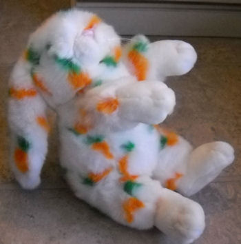 2003? Small Fiesta White Seated Rabbit with Floppy Ears & Carrot Print Fur