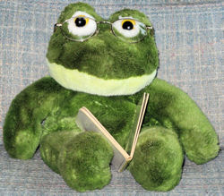 , FOUND – Fluffyville GREEN FROG Plush FULL BODY PUPPET Top Priority