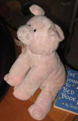, FOUND – 2008 GUND? PINK Seated PIG with FORKED HOOVES