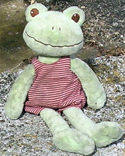 Happy Horse Green Frog named Frido wearing a Pink Striped Jumper