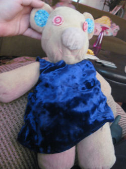, Searching – Kellytoy KOALA BEAR? PIG? with YELLOW FLOWER PRINT JUMPER & MATCHING EARS