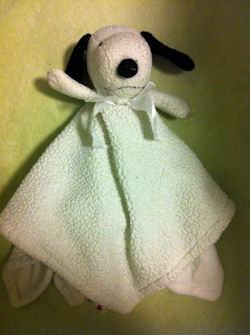 , Searching – Lambs & Ivy SNOOPY Blankie