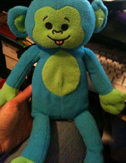 , FOUND – 2009 Sugar Loaf BLUE MONKEY with GREEN FACE, EARS,TUMMY, HANDS & FEET