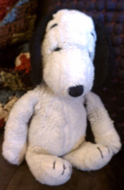 korean united feature snoopy, FOUND – Vintage KOREA United Feature Syndicate SNOOPY Without PATCH on TUSH <i>Top Priority</i>