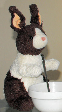 Waldenbooks Baxter Dark Brown & White Seated Rabbit