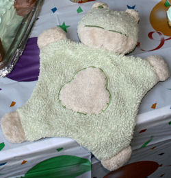 Walmart Blankets & Beyond? Frog Shaped Green & Tan Chenille Blankie
