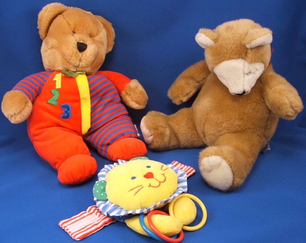 Eden Yellow Lion Stripe Rattle Rings Mirror Press Its a Small World