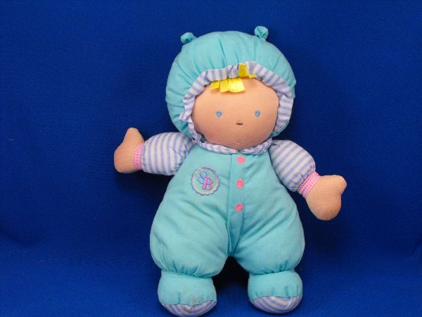 Goldberger SB Blond Doll Sammy Green Outfit Asthma Friendly