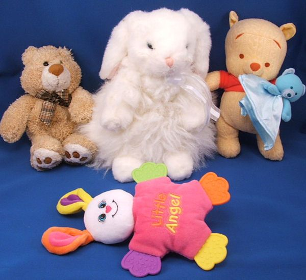 TY Classic White Seated Lop Eared Rabbit Cashmere Pink Ears
