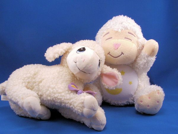 KIDS II Large White Lamb Moon Stars on Light Up Belly Musical