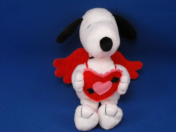 Hallmark Small United Features Snoopy Valentines Red Wings, Heart